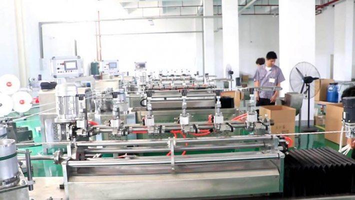 xưởng sản xuất ống hút giấy của Nguyên Phong được nhập khẩu từ Mỹ