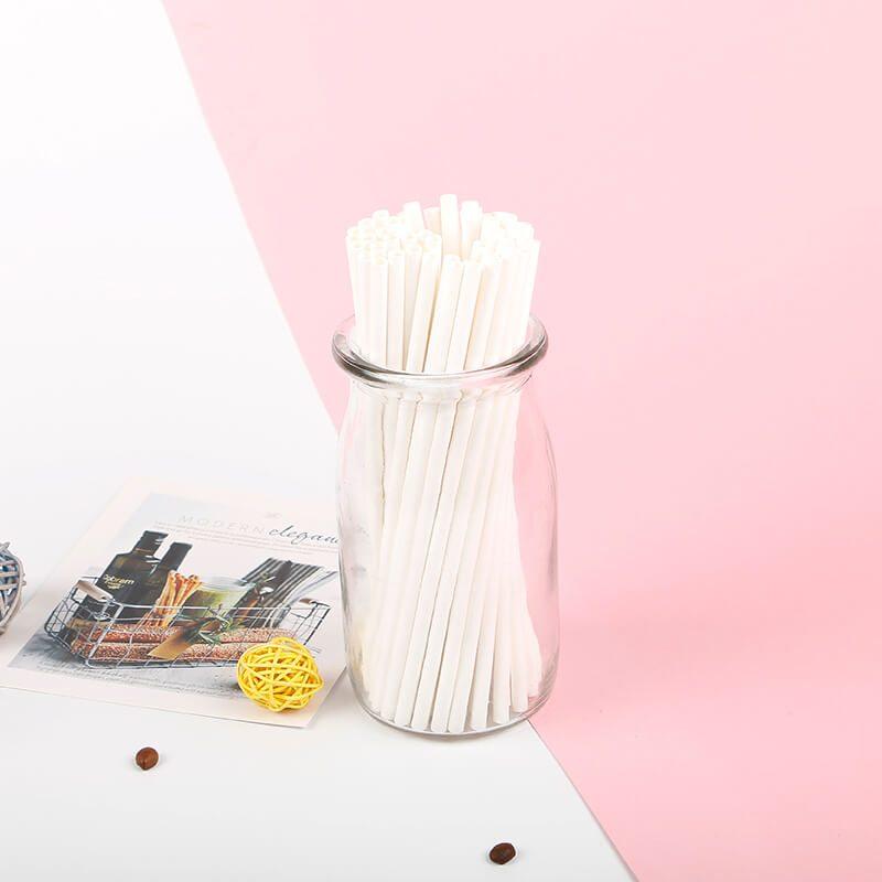 ống hút bằng giấy